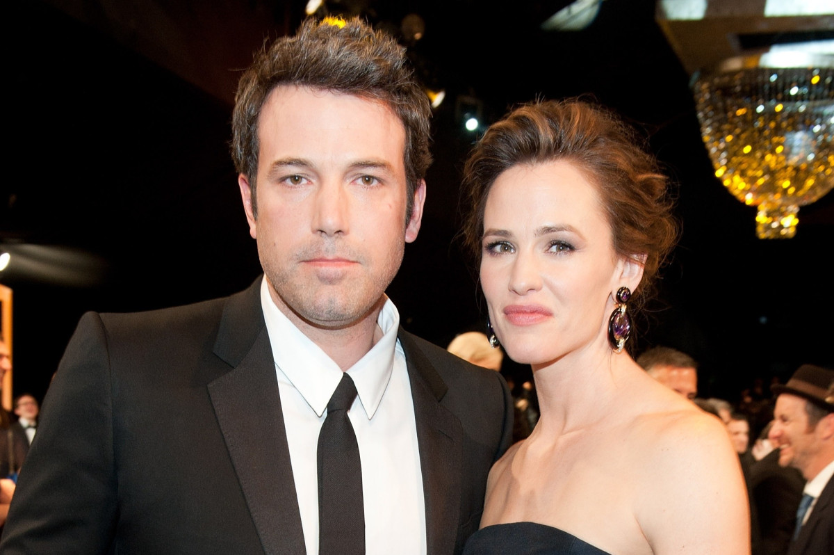 https://celebritycontent.com/2020/02/19/ben-affleck-calls-divorce-from-jennifer-garner-the-biggest-regret-of-my-life/