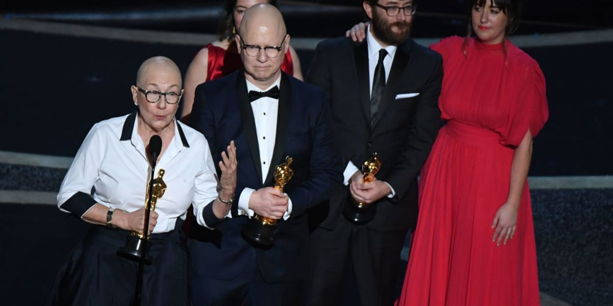 Hollywood filmmaker quotes the 'Communist Manifesto' in Oscar acceptance speech