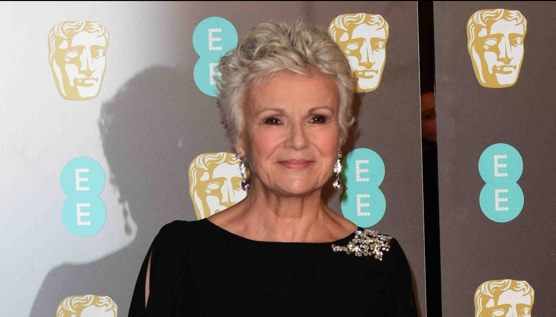 https://celebritycontent.com/2020/02/21/dame-julie-walters-reveals-shes-been-given-the-all-clear-after-battle-with-stage-3-bowel-cancer-entertainment-daily/