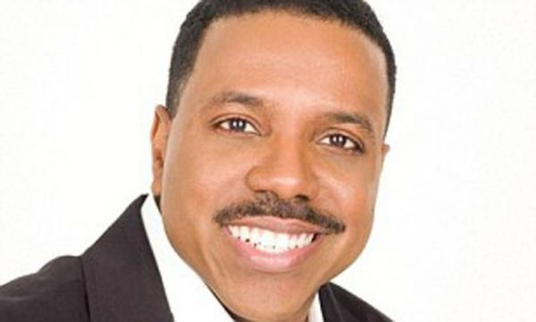 Creflo Dollar Calls On Congregation to Send Tithes via Cash App Amid Coronavirus Chaos
