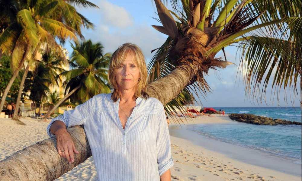Hilary Dwyer, British actress, dies of coronavirus