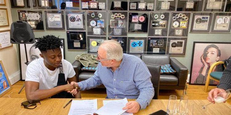 Music Producer,Killbeatz Signs Deal With Peermusic.   Fox FM