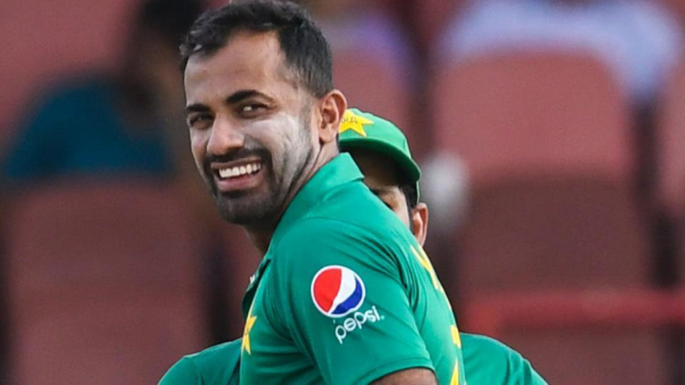 https://celebritycontent.com/2020/05/21/wahab-riaz-blessed-with-a-daughter-lens/