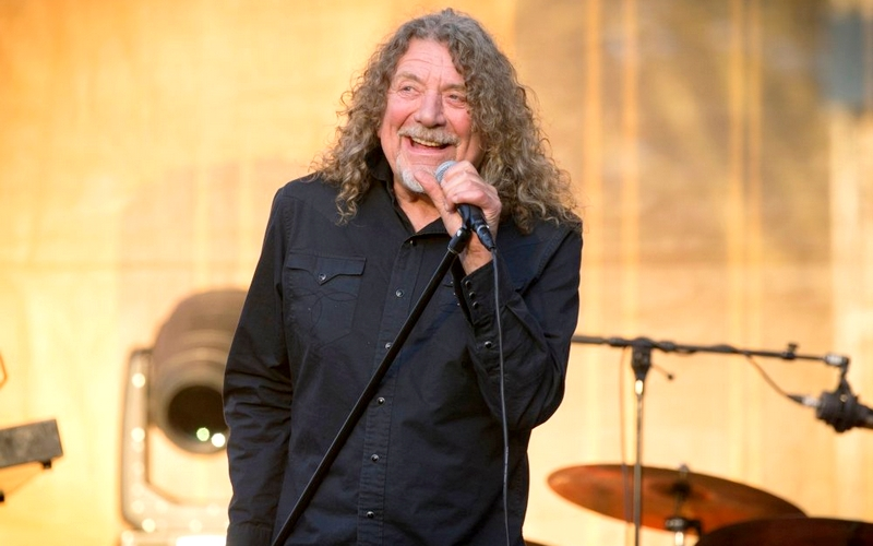 Led Zeppelin Singer Robert Plant Shows 'One Direction' That The Rock Community Have To Go – Metalhead Zone