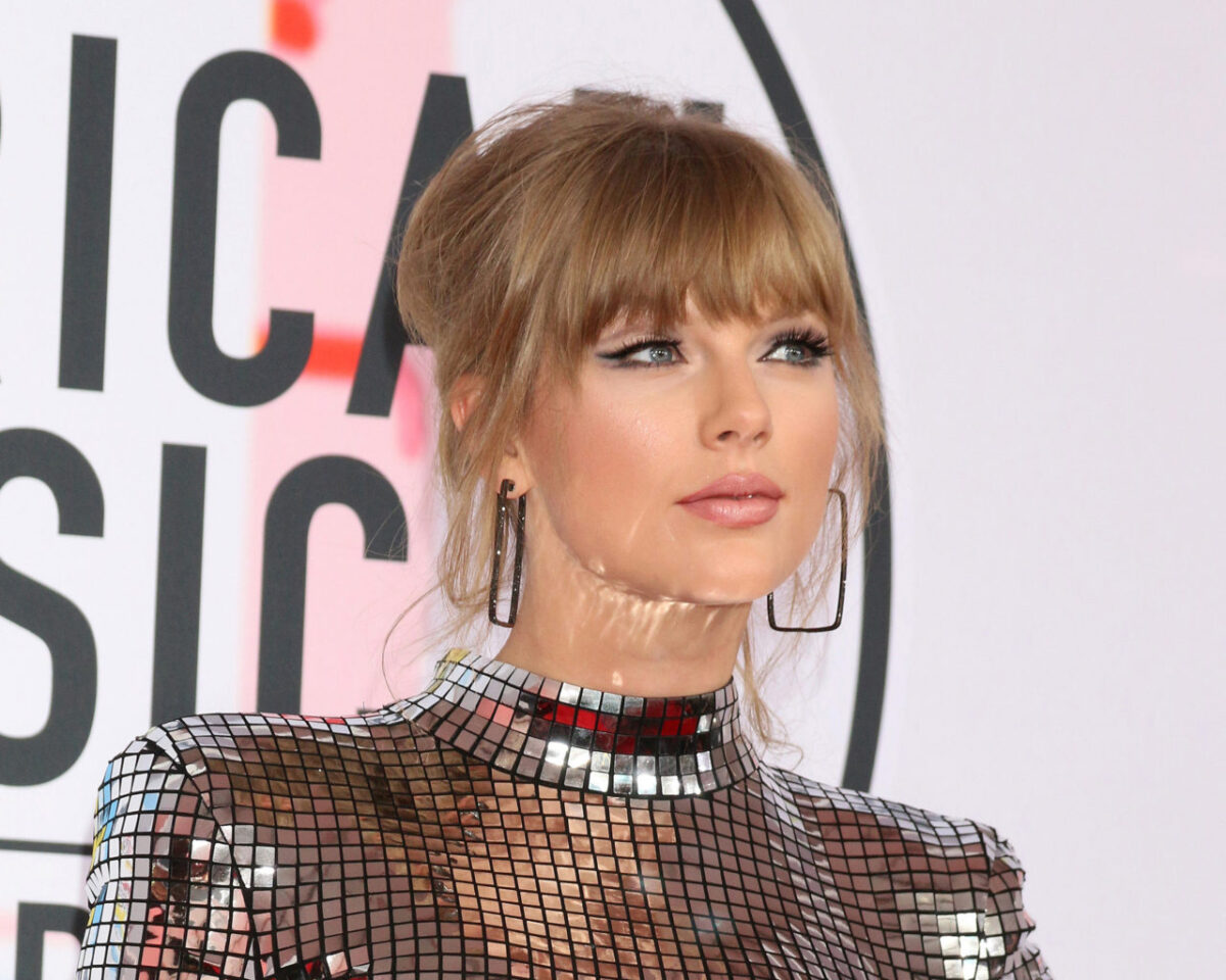 Taylor Swift's New Track 'betty' Has Fans Thinking She May Have Just Come Out | GO Magazine