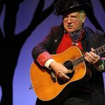 https://celebritycontent.com/2020/08/04/michael-p-smith-much-recorded-star-of-chicagos-folk-and-club-scene-dead-at-78/