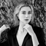 https://celebritycontent.com/2020/08/17/the-crown-elizabeth-debicki-plays-princess-diana-in-seasons-5-6-variety/