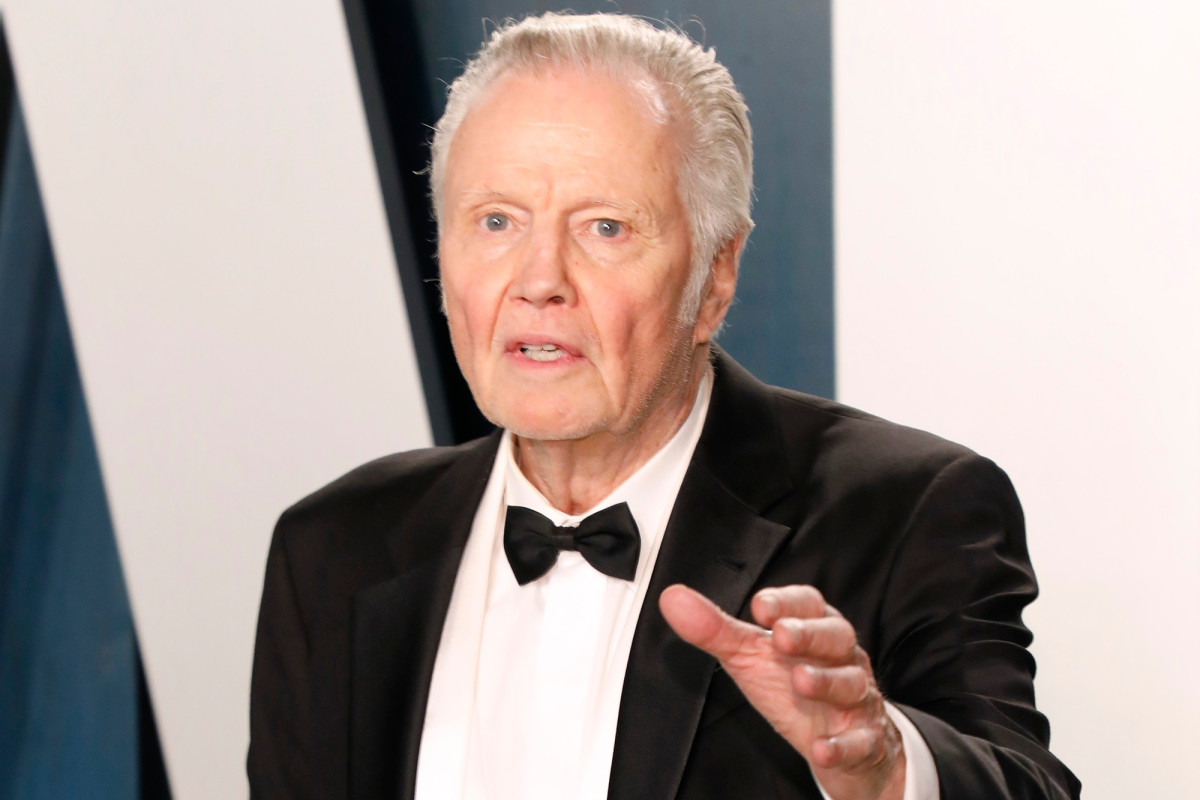 Jon Voight accused of smacking 'Ray Donovan' star's face on set